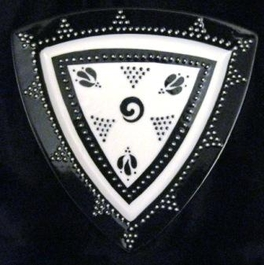 Black and White Triangular Plate
