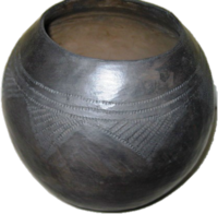 Zulu Clay Pot - Traditional Scratched Design #3