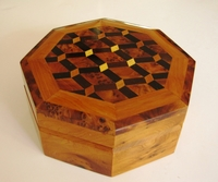 Octagonal Thuya 3-section box decorated Design #2