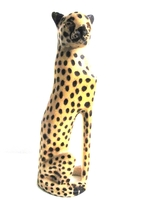 Handcrafted Cheetah Carving from Zimbabwe - Medium