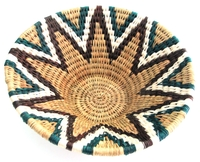 Handwoven Lutindzi Basket from Swaziland - Classic - M