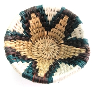 Handwoven Lutindzi Basket from Swaziland - Classic - S