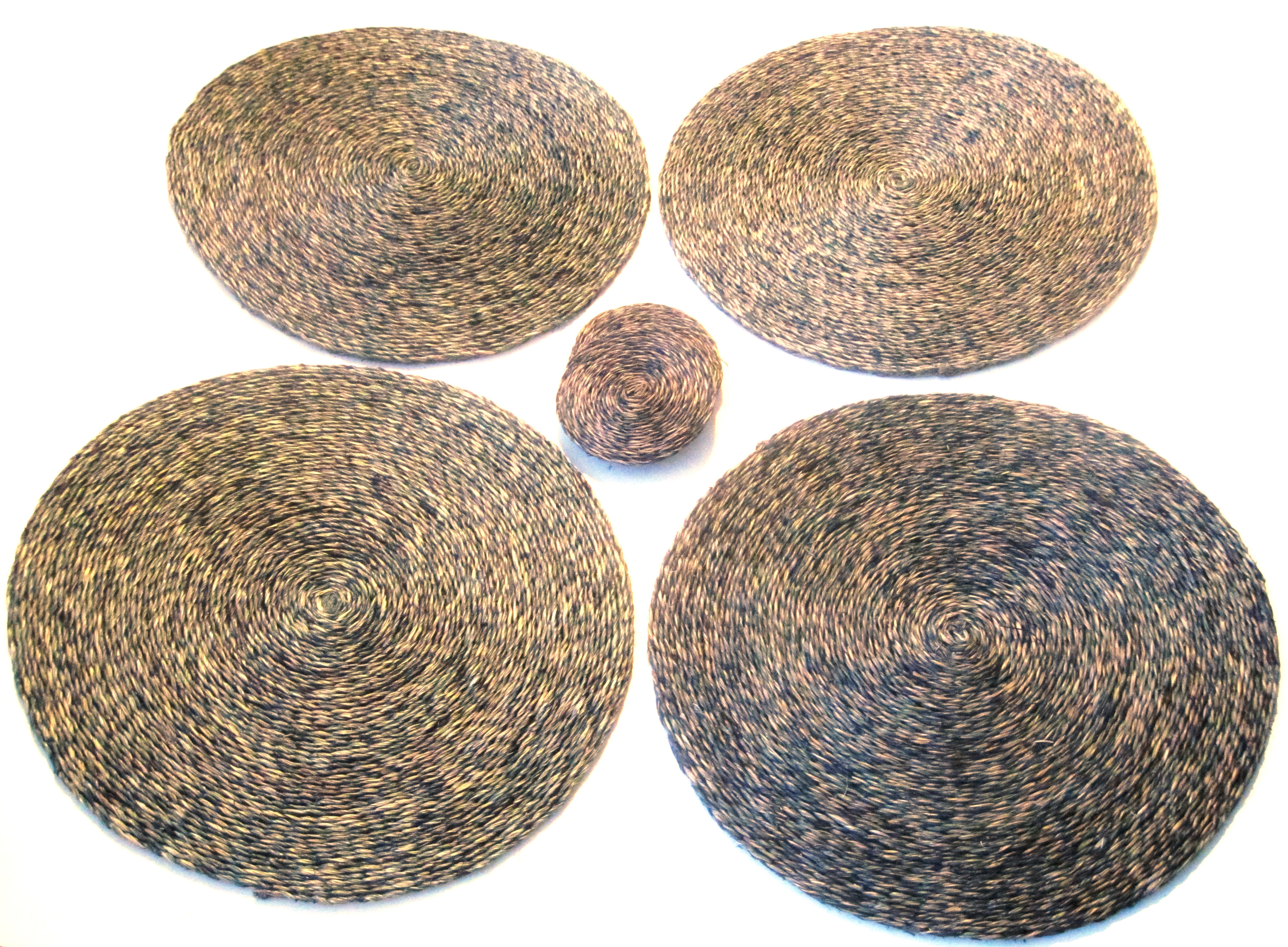 Lutindzi Grass Handwoven Placemat/Coaster Set of 4 -Smoke Tweed